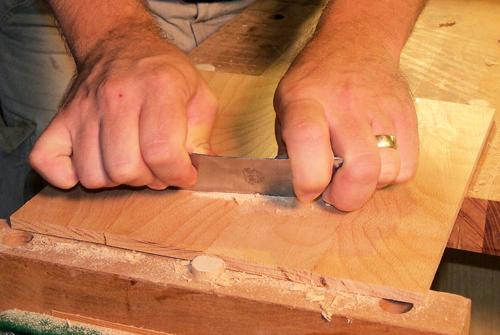 Scraper Technique for Distressing Wood