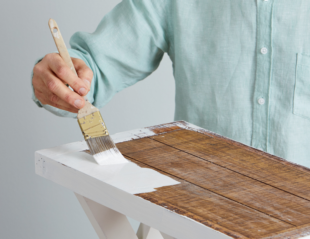 Aging Wood Using Stains And Paints